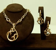 14k YG Necklace & Earrings