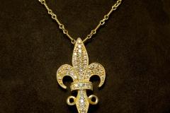 14k YG Diamond Fleurdeilis