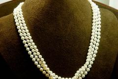 "14k YG Clasp 3 Strand Pearls 18"""